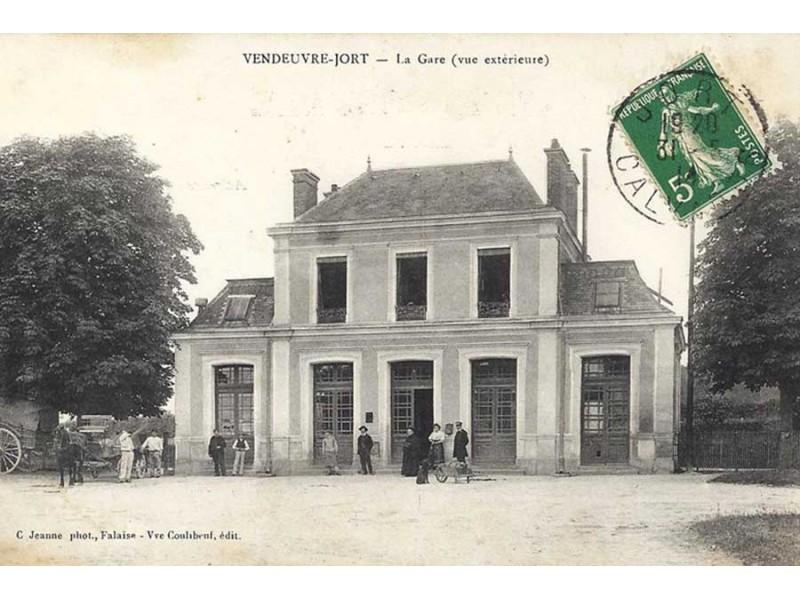 GARE DE VENDEUVRE-JORT